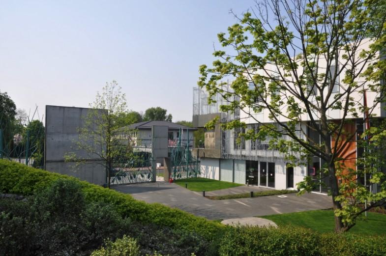 11_ambasada
